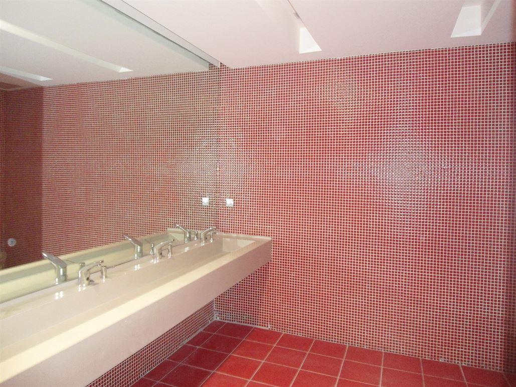 - HÜRRİYET GAZETESİ BAYAN WC, İST 1  | Betaş
