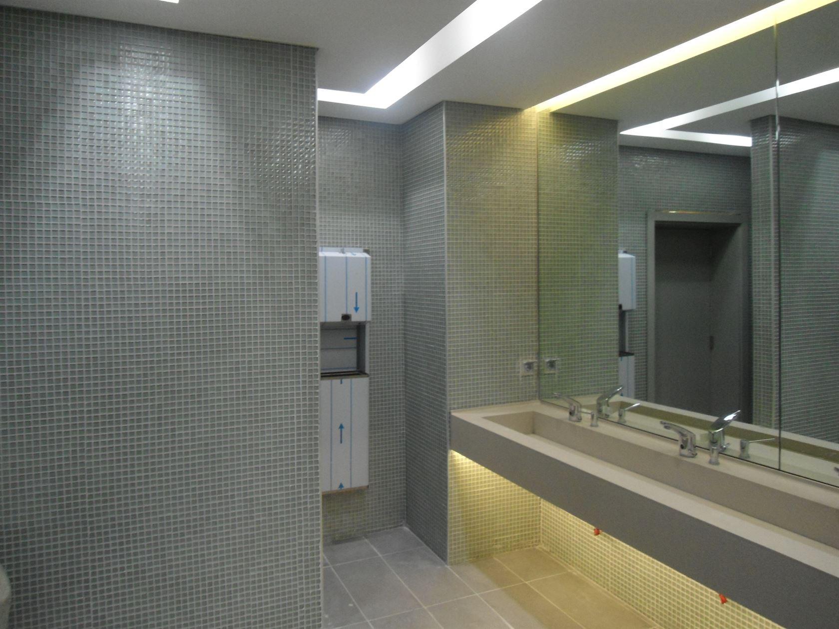- HÜRRİYET GAZETESİ ERKEK WC, İST 4  | Betaş